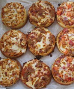 bacon mini pizzas